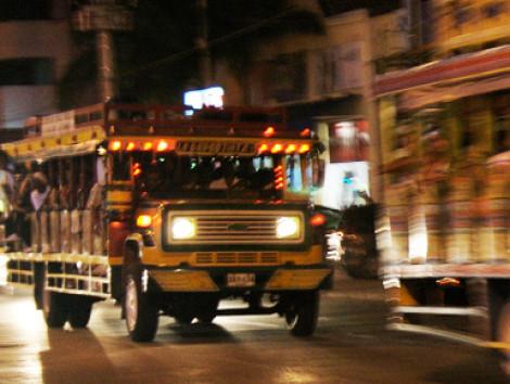 Chiva Rumba – Party Bus Tour4